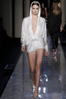 xatelier-versace-spring-2014-20.jpg,qresize=228,P2C341.pagespeed.ic.v6qk60sK2e